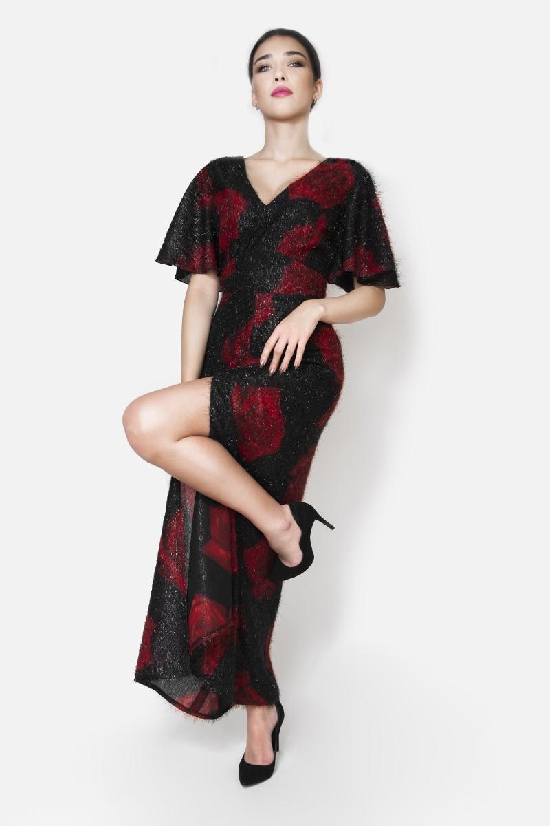 Zjawiskowa sukienka długa czarna w róże