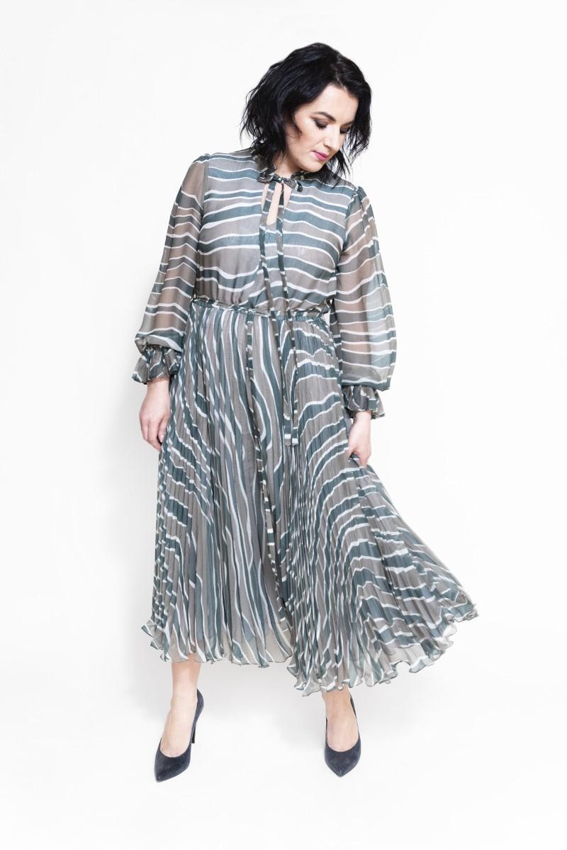Sukienka plisowana jedwabna w prążki