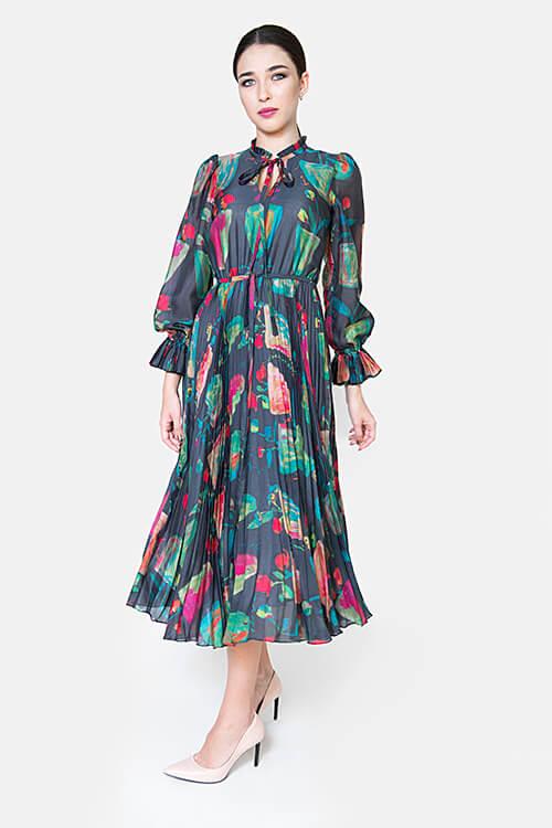Sukienka jedwabna w donice
